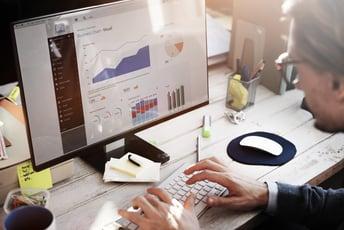 データ分析の方法とは?具体的な実施手順と手法を徹底解説