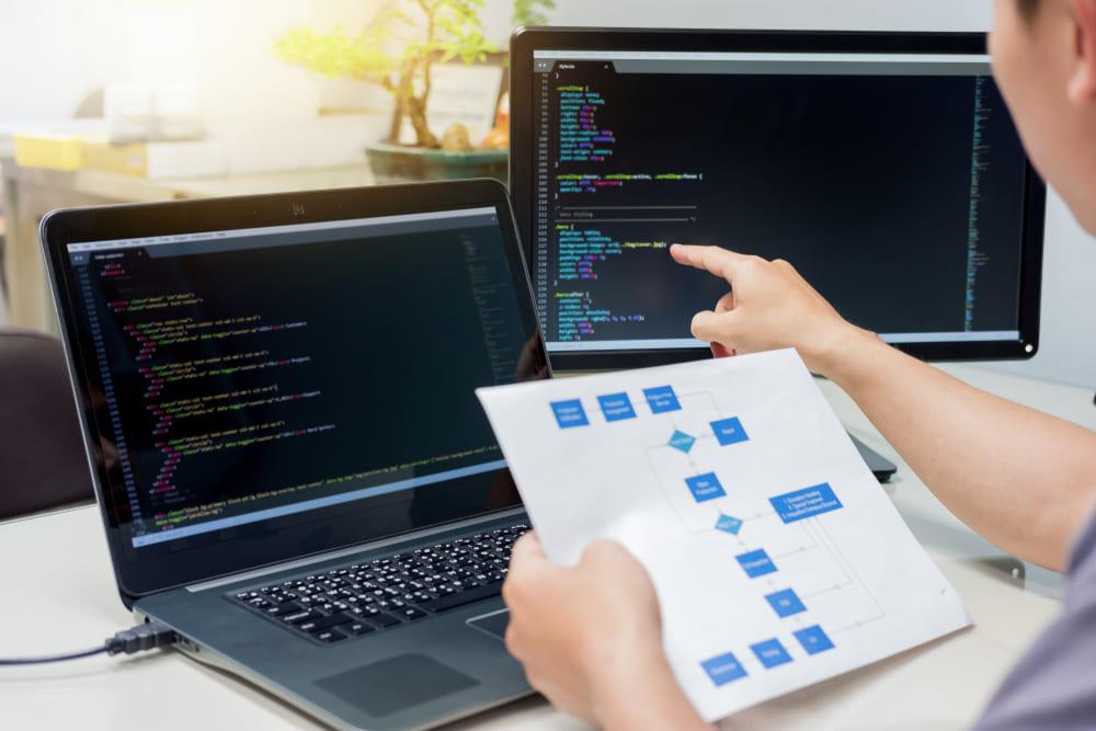 スクラッチ開発とは?メリット・デメリットや手順を詳しく解説!
